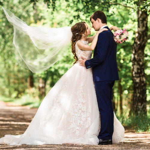 выбрать лучший свадебный салон в минске