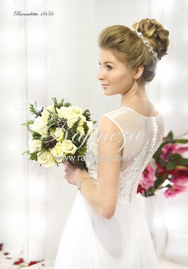 Свадебное платье Bernadetta